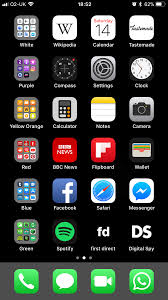 Anyone using default wallpaper with ...