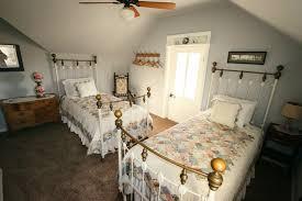 Refinishing Bedroom Furniture Wallpaper In Small Bedroom
