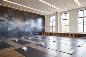 alo yoga opening