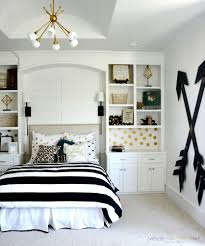black and white bedroom decor. Bedroom:Black And White Master Bedroom Ideas Clipgoo Beautiful Brown Wood For Licious Picture Wonderful Black Decor E