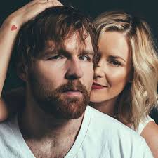 Dean Ambrose and Renee Young | Renee young wwe, Wwe dean ambrose ...