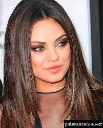 ما تصفيفة الشعر التي تناسب الوجه البيضاوي في عام 2018