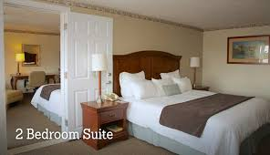 Hotel With 2 Rooms In 1 Cool Hotels Bedroom Suites Modern On And