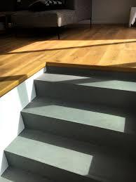Hi leute, heute zeig ich euch wie richtig betoniert wird. Beton Cire Treppen Zeitloses Design Von Raumkonzept Trier