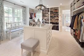 walk in closet dressing room