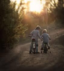 Resultado de imagem para fotos de melhores amigos crianças