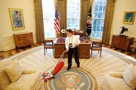 what vacuum cleaner does the white