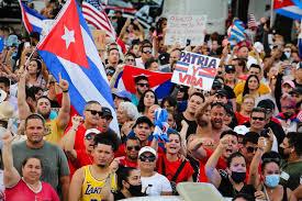 """Rusia advierte contra toda """"injerencia externa"""" tras protestas en Cuba - La  Tercera"""
