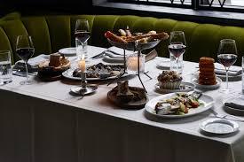 The 38 Essential Chicago Restaurants Spring 2019 Eater Chicago