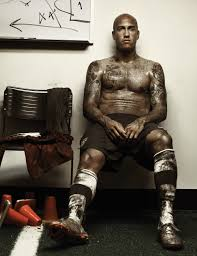 Everton s Tim Howard shows off his tattoos for PETA campaign The.