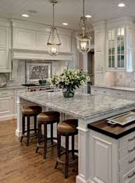 Image Granite Nice 52 Striking Traditional Kitchen Design Ideas More At Httpsdecoratrend Pinterest 52 Striking Traditional Kitchen Design Ideas Kitchen Home Decor