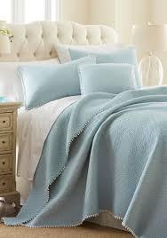 Quilts | belk