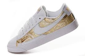 nike shoes white and gold. white and gold women\u0027s nike sneakers shoes