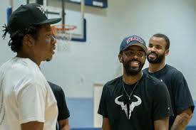 On saturday, brooklyn tweeted that it was handing out. At Kyrie Irving S Signing Ceremony The Two Seans And Some New Jersey Nostalgia Netsdaily