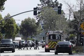 office youtube. Officers Walk Near A YouTube Office In San Bruno, Calif., Tuesday, April 3,  2018. Police Northern California Are Responding To Reports Of Shooting At Youtube D