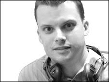 Lee James. I began my broadcasting career on a student radio station operating from a small broom cupboard while studying at university in Southampton, ... - 090813104306_lee_james_226
