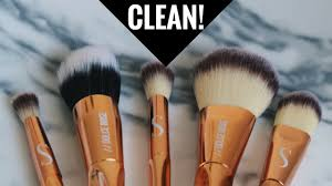 how to properly deep clean your makeup brushes at home south african beauty ger laurina machite
