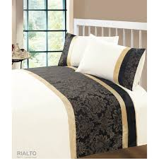 rialto luxury 3 piece damask design jacquard uk standard double bed size duvet cover bedding set in aubergine or gold and black gold black