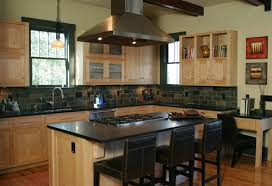 Natural Maple Kitchen Cabinets Dark Counter | Kitchen Backsplash Designs,  Ideas, Pictures,Photos Ideas