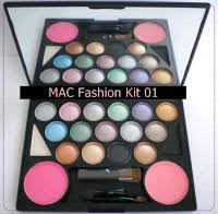 make up kit vii 2 9 colors of eye shadow 2 colors of blush on applicators normal idr 210 000 member idr 200 000