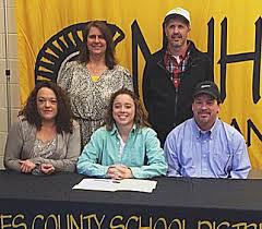 """MCC Eagles Soccer ⚽️ 🦅 on Twitter: """"New Hope standout Effie Morrison  officially joins the Lady Eagles! Welcome to the family Effie! #cawcaw  @effthaheff http://t.co/YIZM5P9OgK"""""""