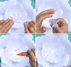 Paper Flower Print Out How To Make Giant Paper Roses Plus A Free Petal Template