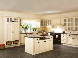 kitchen paint colors with cream