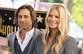 Gwyneth paltrow and brad falchuk don't live together full time. Gwyneth Paltrow Husband Brad Falchuk Don T Live Together Full Time