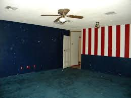 red white blue wall paint color green carpet phoenix arizona home house real estate photo