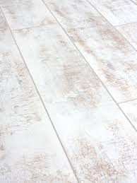 packs of distressed white laminate flooring 12mm ac4 distressed