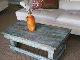 Del hutson designs natural reclaimed barnwood rustic farmhouse coffee table, usa handmade country living decor (distressed turquoise) visit the del hutson designs store 4.2 out of 5 stars 1,139 ratings Rustic Pallet Coffee Table For Living Room Pallet Furniture Plans
