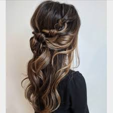 30 Best Hairstyles For Wedding Guests Prom Easy Hairstyles Hair