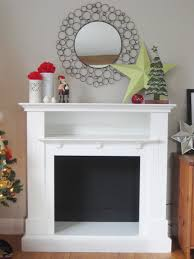 simple fireplace mantel red and green