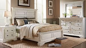 White Bedroom Set – Gives Immense Pleasure – BellissimaInteriors