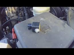 service air bag sensor 2006 chevy silverado youtube 2006 Sierra Airbag Wiring service air bag sensor 2006 chevy silverado 2006 PT Cruiser Wiring-Diagram