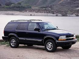 1999 Chevrolet Blazer Specs and Photos | StrongAuto