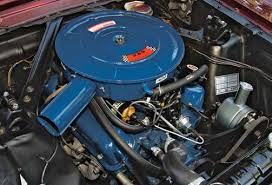 techtips ford small block general data and specifications as of 2 1966 ford went to a rail style rocker arm and pent roof flat top valve covers on 289 2v 4v engines which continued through the 1967 model