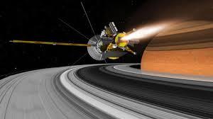 Resultado de imagen de Cassini orbitando Saturno