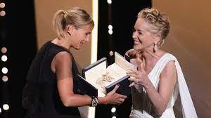 """Cannes: Goldene Palme für """"Titane"""" von ..."""