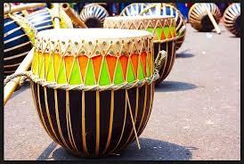 Alat musik tradisional sekarang ini sangat jarang ditemukan. Alat Musik Tradisional Indonesia Penjelasan Gambar Dan Namanya