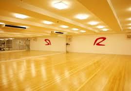 Quadro decor dança das curvas. O Piso Certo Para Cada Ambiente Da Academia Gestao Fitness