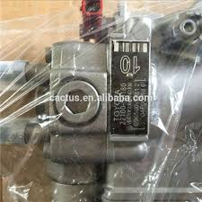 Diesel Injector Engine Parts 5LE 22100-5D180 Fuel Injection Pump For ...