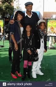 Will Smith con la moglie Jada Pinkett-Smith e figlio Jaden e la figlia  Willow - Madagascar: Escape 2 Africa Premiere al Westwood Village Theatre di  Los Angeles. SmithWill Jada figlio figlia 17