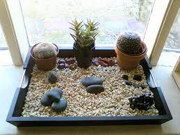 Indoor Rock Garden How To Create A Zen Garden Easy Green Tips Indoor Zen Garden Zen