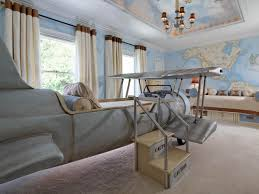 Fresh Plane Themed Bedroom 9