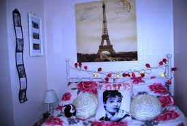 Parisian Bedroom Decor Paris Themed Teenage Bedroom