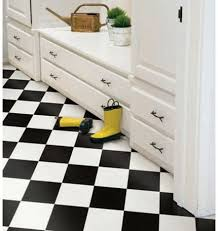 Resilient Black/white Checkered Floor For Trailer