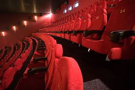amc theatres acquires carmike cinemas
