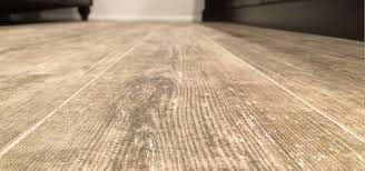 tile that looks like wood vs hardwood flooring