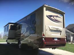 2016 newmar canyon star 3920 by owner bondurant ia
